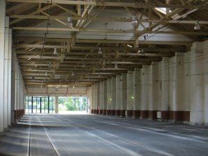 ehem. Bahnhofshalle, jetzt Wagenhalle der Straßenbahn